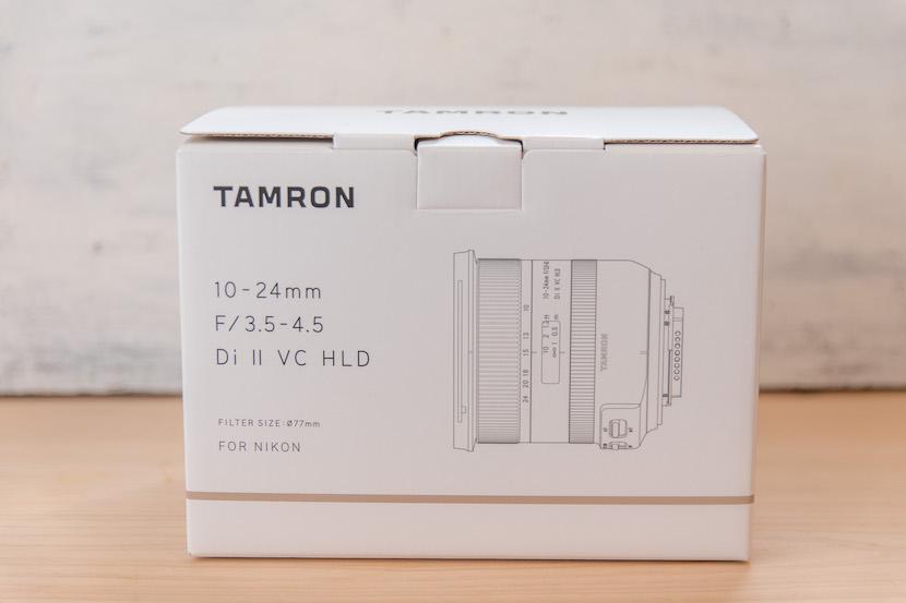 Tamron(タムロン)10−24レビュー_外箱1