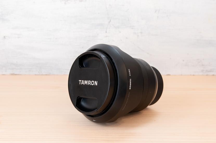Tamron(タムロン)10−24レビュー_レンズ斜めから