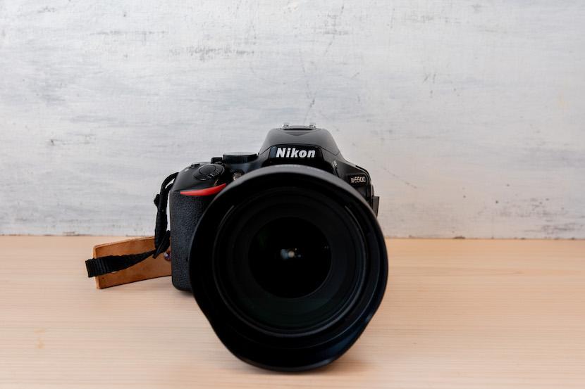 Tamron(タムロン)10−24レビュー_カメラに装着2